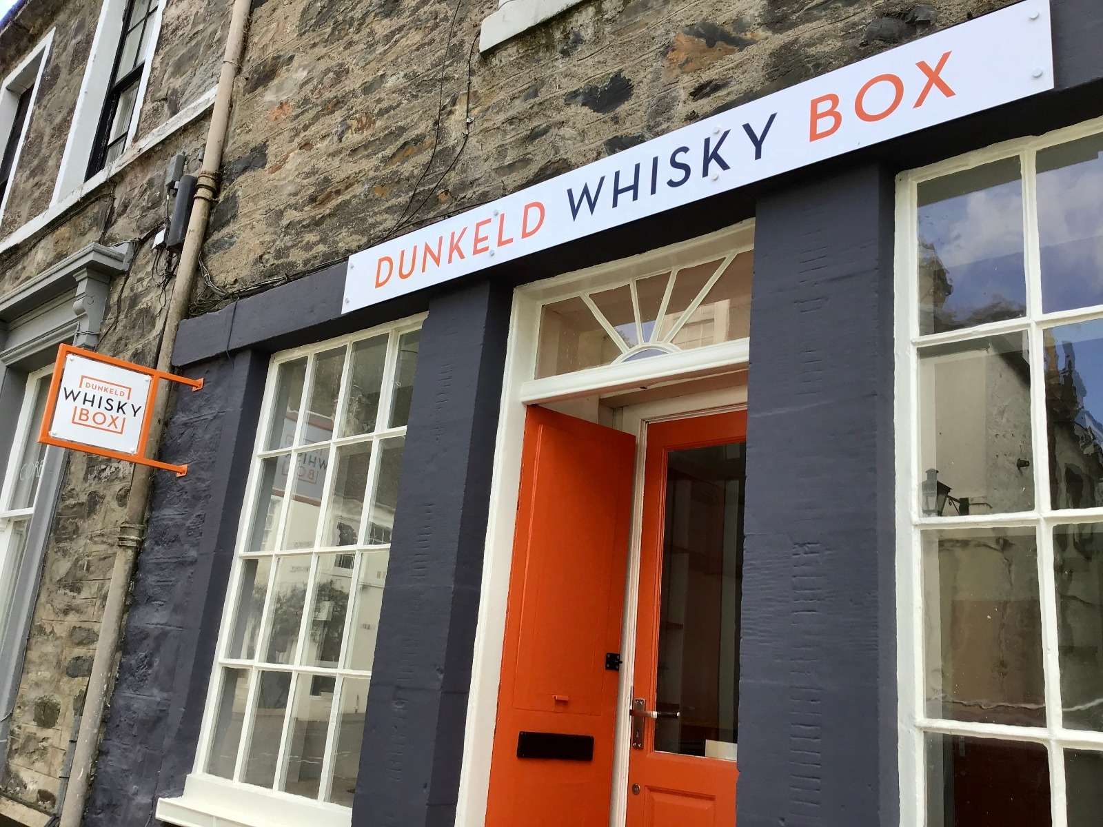 Dunkeld Whisky Box Shop