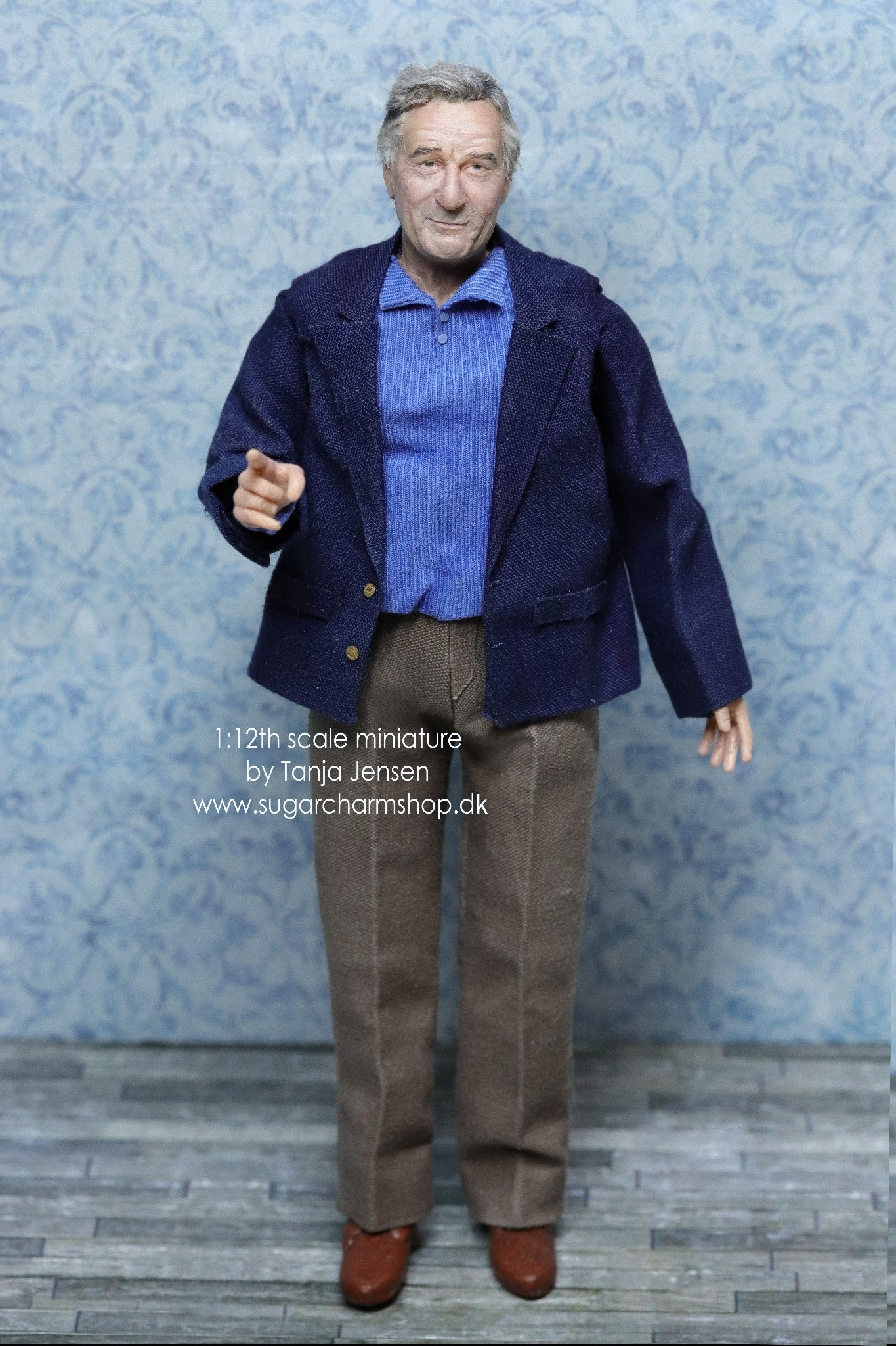 Robert De Niro 1:12th scale miniature doll