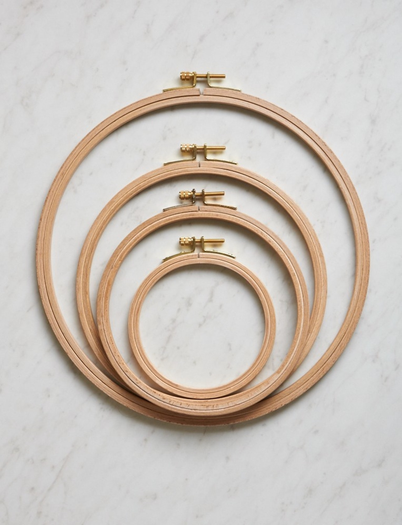 EMBROIDERY HOOPS  / BRODERIRAMMER
