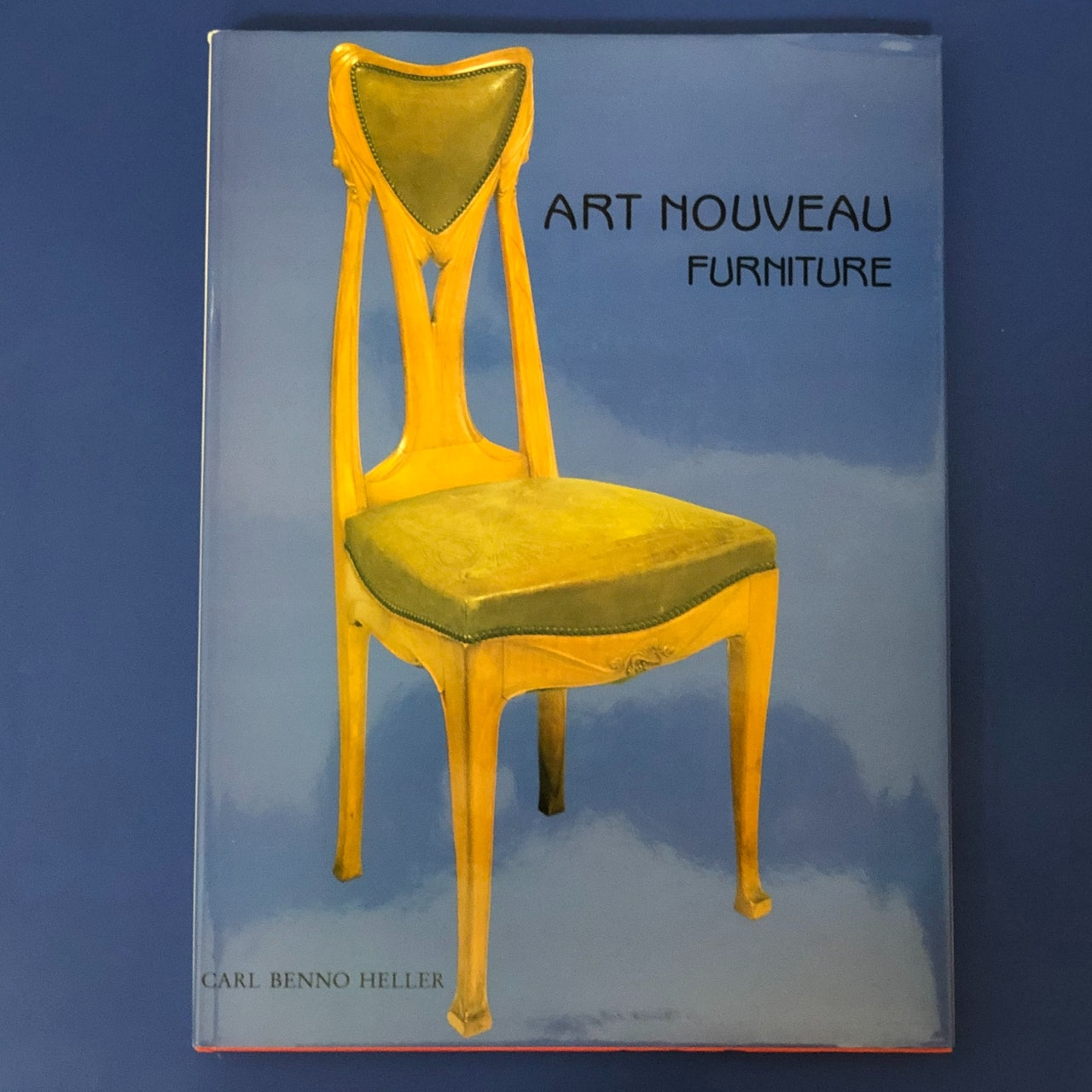 Book: Art Noveau Furniture
